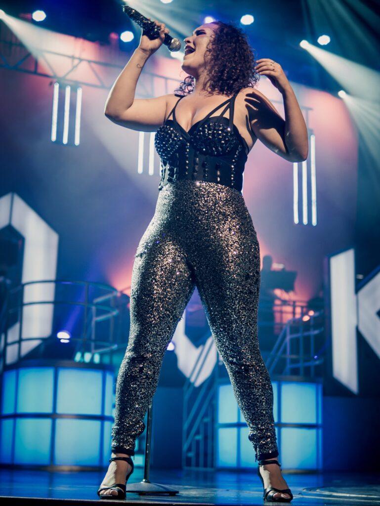 Professional pop/rock singer Martina Long